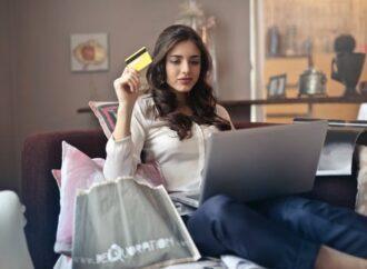 Lyssna på föreläsare om smart shopping